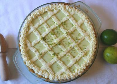 How to bake a key lime pie. Key Lime Pie - Step 4