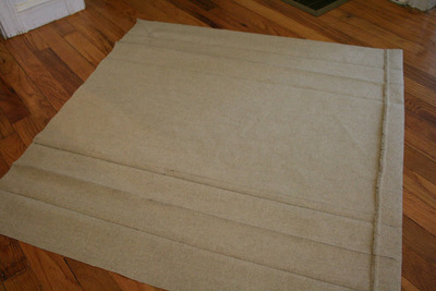 How to make a tablecloth / table runner. Skirted Tablecloth - Step 3