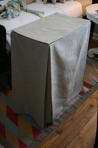How to make a tablecloth / table runner. Skirted Tablecloth - Step 5