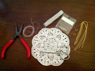 How to make a lace collar. Fancy Doily Necklace - Step 1