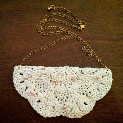 How to make a lace collar. Fancy Doily Necklace - Step 5