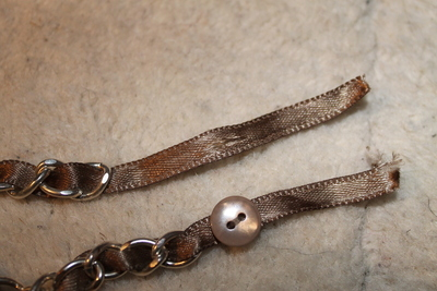 How to make a ribbon chain bracelet. Simple Ribbon & Chain Bracelet - Step 4