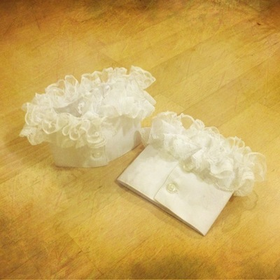 How to make a lace cuff. Frilly Cuffs - Step 1