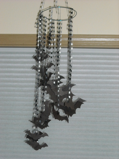 How to make a mobile. Indoor Decor: Bats. - Step 8