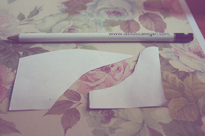 How to paint a pair of painted shoes. Floral Print Oxford Shoes - Step 4