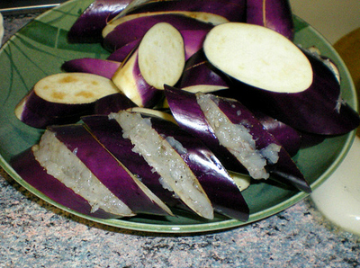 How to cook a shrimp dish / prawn dish. Chinese Shrimp Stuffed Eggplant - Step 3