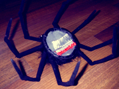 How to make an animal hat. Halloween Spider Fascinator  - Step 9
