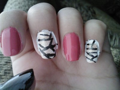 How to paint a character nail. Mummy Nails - Step 2