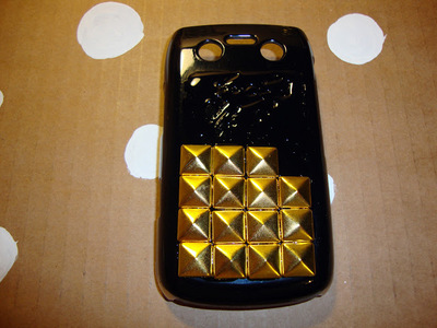 How to make a phone case. Diy Studded Phone Case - Step 5