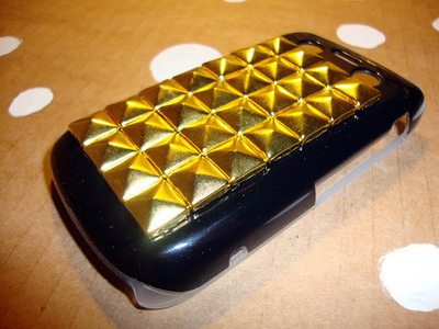 How to make a phone case. Diy Studded Phone Case - Step 7