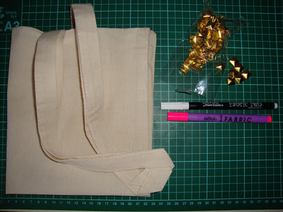 How to make an embellished tote. Diy Studded Tote Bag - Step 1