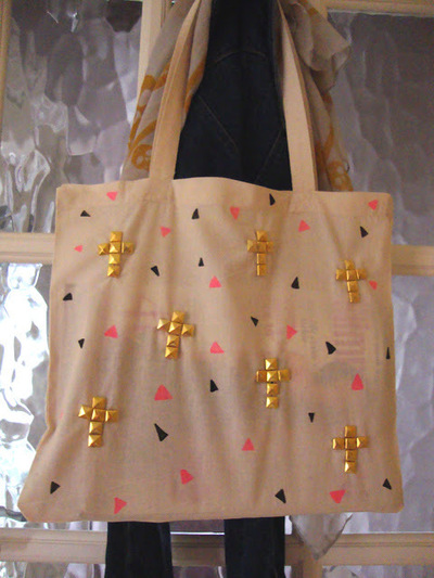 How to make an embellished tote. Diy Studded Tote Bag - Step 9