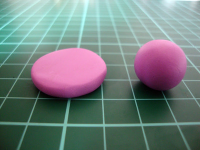 How to sculpt a clay macaron. Diy French Macaron Keyrings - Step 4