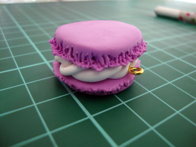 How to sculpt a clay macaron. Diy French Macaron Keyrings - Step 11