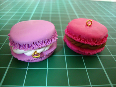 How to sculpt a clay macaron. Diy French Macaron Keyrings - Step 12