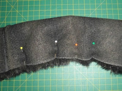 How to make a furry scarf. Burberry Prorsum Inspired (Faux) Fur Scarf - Step 2