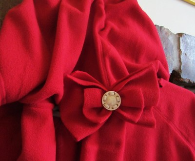 How to make a cape / cloak. Little Red's Cape  - Step 4