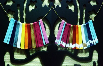 How to make a paper necklace. Statement Necklace - Step 3