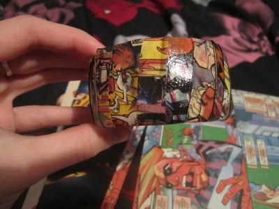 How to make a paper bracelet. Diy Comic Strip Bangle Bracelet  - Step 5