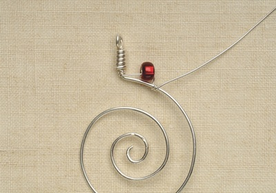 How to make a wire necklace. Rainbow Necklace - Step 5