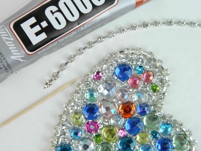 How to make a pendant necklace. I Heart You Katy Perry! Necklace - Step 4