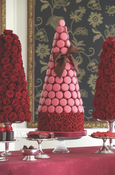 How to bake a macaroon. Passion Pink Macaroon Tower - Step 6