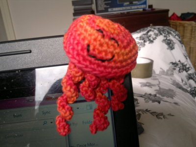 How to make a jellyfish plushie. Jellyfish Crochet Pattern - Step 5