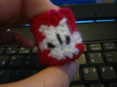 How to make a character plushie. Red Castle Crashers Knight - Step 4