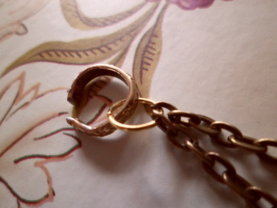How to make a chain earring. D.I.Y Cuff Earring - Step 1