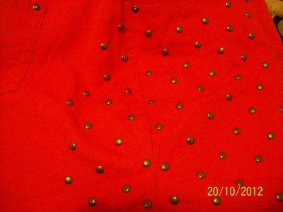 How to make shorts. Red Short With Studs - Step 3