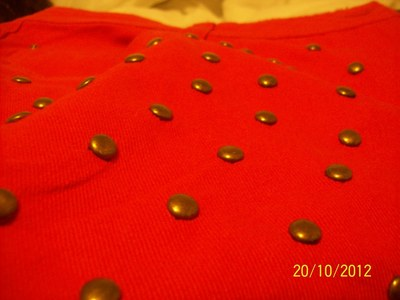 How to make shorts. Red Short With Studs - Step 4