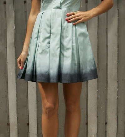How to dye a dyed dress. Dip-Dyed Pastel Dress - Step 3