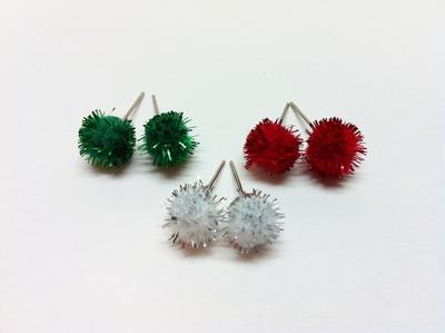 How to make a pair of fabric earrings. Christmas Pom Pom Earrings - Step 3