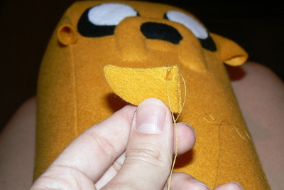 How to make a dog plushie. Adventure Time Jake Plush - Step 20