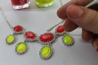 How to recycle a necklace with nail polish. Neon Nail Polish Necklace - Step 2