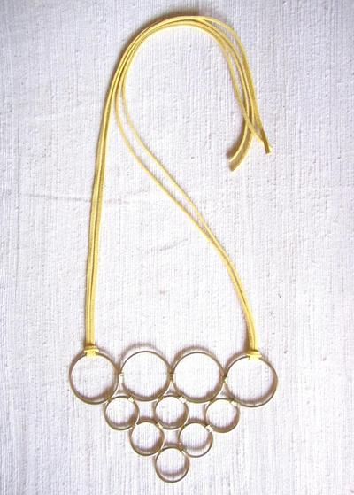 How to make a wire hoop necklace. Diy Pyramid Ring Necklace - Step 8