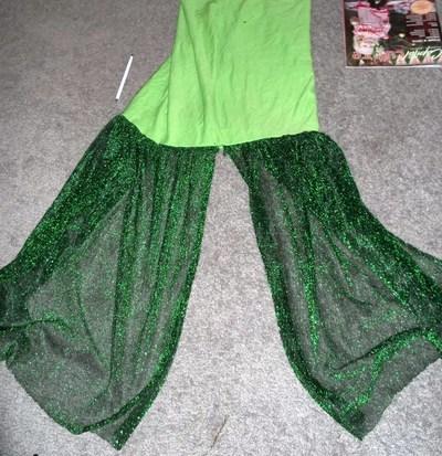 How to make a mermaid costume. Mermaid Costume - Step 20