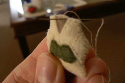 How to sew a fabric character charm. Tiny Yoda Keyring - Step 8