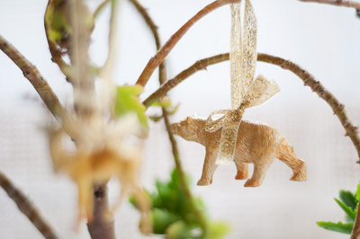 How to make a Christmas decoration. Diy Plastic Animal Decorations  - Step 4