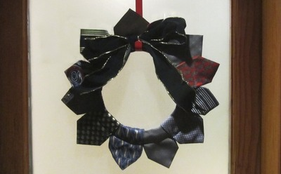 How to make a fabric wreath. Neck Tie Wreath - Step 8