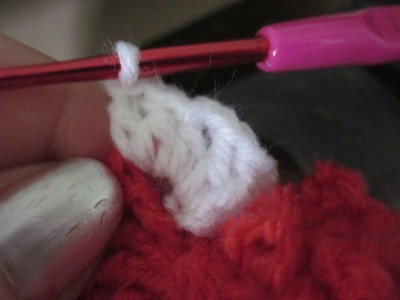 How to make a knit or crochet tote. Granny Square Hand Bag  (Turning Flowers Into Granny Squares) - Step 14