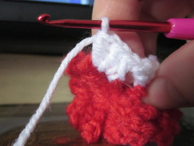 How to make a knit or crochet tote. Granny Square Hand Bag  (Turning Flowers Into Granny Squares) - Step 16