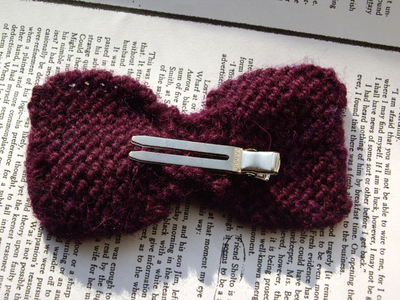 How to crochet a hair bow. Not So Itty Bitty Bows - Step 12