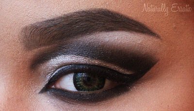 How to create a cut crease eye makeup look. Black And White Cut Crease - Step 6