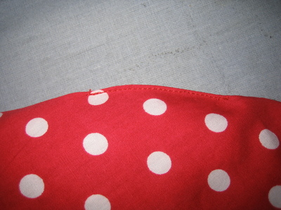 How to make a shaped cushion. Strawberry Grain Pillow - Step 7