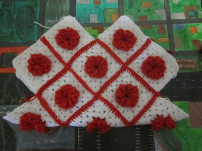 How to make a knit or crochet tote. Granny Square Handbag ( Sewing Your Granny Sqares Together) - Step 18