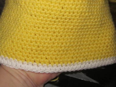 How to make a baby hat. Baby Ruffle Hat - Step 10