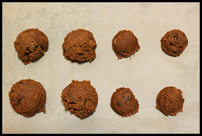 How to bake a chocolate cookie. Chewy Chocolate Ginger Molasses Cookies - Step 2