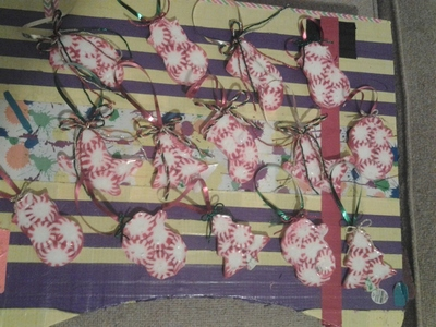 How to make a Christmas decoration. Starlight Candy Decorations - Step 9