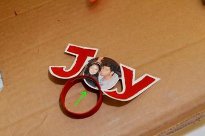 "How to make a Christmas decoration. Recycled Picture ""Joy"" Ornament - Step 8"